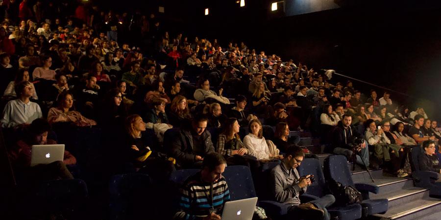 Nuevo éxito de CiBRA con sus encuentros de cine que se están desarrollando esta semana en CineSur Luz del Tajo