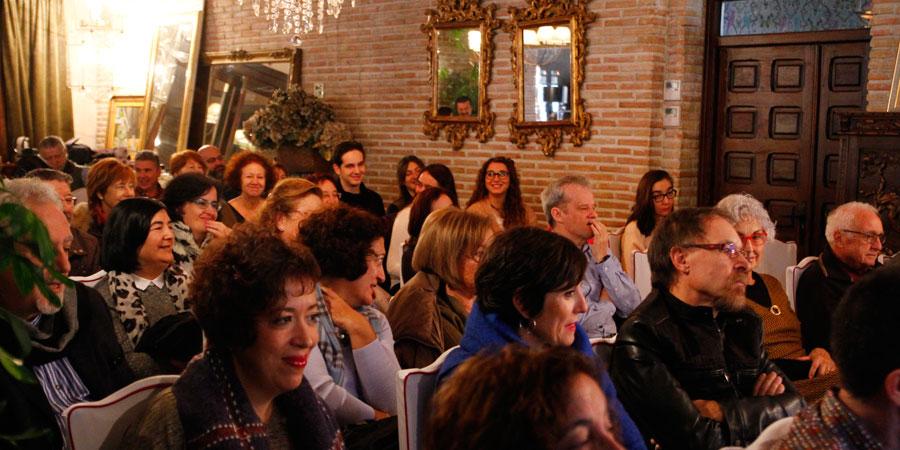 Éxito de asistencia a la mesa redonda: Una imagen y mil palabras, organizada este domingo en el restaurante Venta de Aires de Toledo